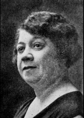 Georgina Ribas (1882-1951), nascida em Angola, viveu em Portugal desde os 3 anos. Em 1929 esteve envolvida na Liga das Mulheres Africanas