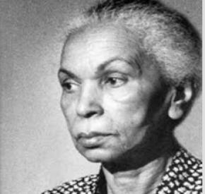 O Centro de Estudos Africanos (1951-1953) foi espaço privilegiado de encontro, criação, mas também liderança, de mulheres negras, como Noémia de Sousa.