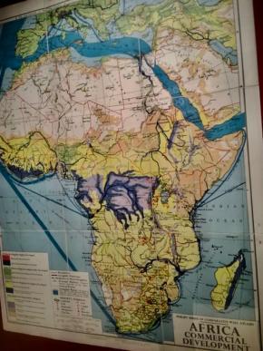 African Comercial Development. oito mapas de África, 1964. escolha de Maria José Roxo