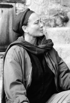 Maud Robart