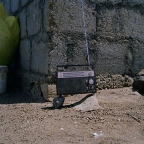 s/t (Rádio), from series Escuta os Bárbaros em Primeiro Lugar, Planalto Norte, Santo Antão | 2016 | Diogo Bento (courtesy of the artist)