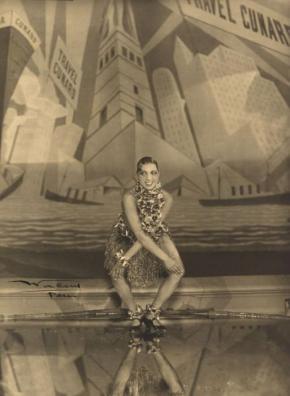 Josephine Baker, Stanislaus Julian Walery, 1926, Gelatin silver print, National Portrait Gallery, Smithsonian Institution.
