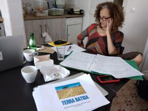 Vera Mantero na residência do Espaço do Tempo, Montemor-o-Novo, julho 2020