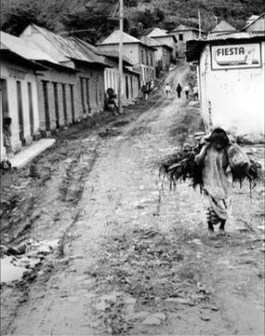 Tal como na época de Maria Sabina, Huautla de Jiménez, no estado de Oaxaca, vive em pobreza extrema