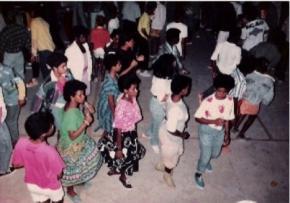 Baile Funk, anos 80. Fotografia de Hermano Vianna.