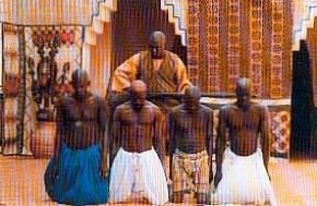 GUIMBA, UM TIRANO, UMA ÉPOCA, de Cheick Oumar Sissoko (1995)