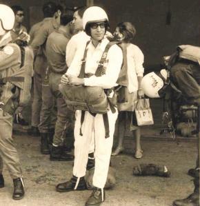 1968 em Luanda. Paraquedismo desportivo