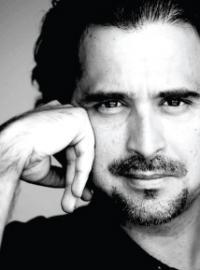 José Eduardo Agualusa, foto de Jorge Simão