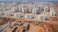 Luanda por terra água e ar