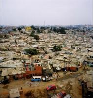 Algumas linhas sobre a urbanização colonial em Angola