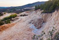 """""""A terra é nossa, até morrer!"""": resistências contra a corrida do lítio em Portugal"""