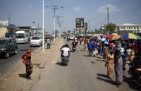 África: negligência e demolição