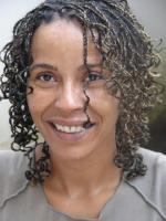 Encruzilhadas históricas: reunir experiência e gerar convicções, entrevista à escritora Aida Gomes 1