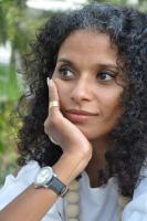 A viagem das palavras, entrevista a Sónia Sultuane, artista moçambicana